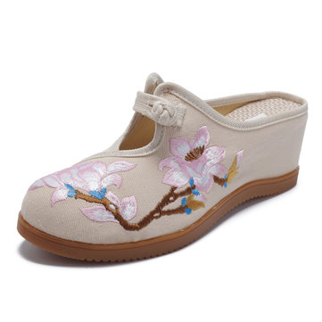 Women Flower Embroidery Comfortable Casual Sandals