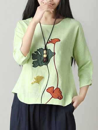 Women Vintage Floral Embroidery Long Sleeve Blouse