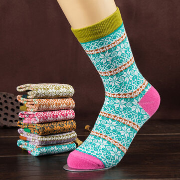 1 Pair Women Cotton Socks Harajuku Style Snowflake Design Multicolor Elastic Hosiery
