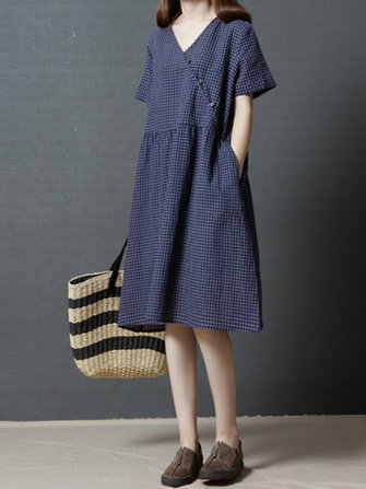 Chinese Style Loose Front Criscross Side Pocket Button Dress