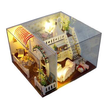 T-Yu Casa della signorina Margaret Dollhouse DIY con la copertura chiara Decorazione miniatura del regalo di modello del modello