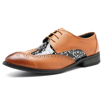 Large Size Men Brogue Style Pattern Leather Pointed Toe Business Formal Shoes