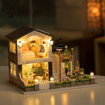 Hoomeda 1/24 DIY Wooden Irish Country House With LED Music Furniture Dollhouse