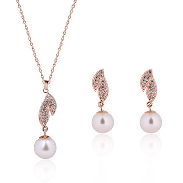 Elegant Jewelry Set Leaves Pearl Rhinestone Necklace Earrings Set