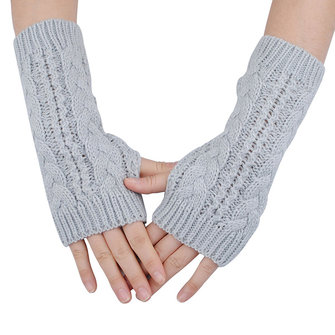Women Winter Knit Wool Hemp Fingerless Half Twist Gloves